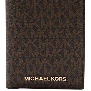 NWT Michael Kors Jet Set Passport Wallet
